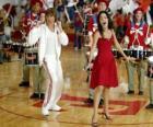 Gabriella Montez (Vanessa Hudgens) Troy Bolton (Zac Efron) śpiewać i tańczyć