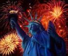 Statua Wolności, pomnik na wyspie w Hudson River w pobliżu Manhattanu w Nowym Jorku