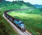 Pociąg towarowy z wielu samochodów