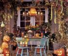 ganek urządzone na halloween