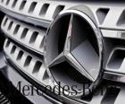 Logo Mercedes, Mercedes-Benz, niemiecki pojazdów marki. Trójramienną gwiazdą Mercedesa