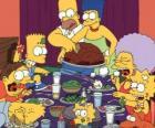 Rodzina Simpson w dniu Święta Dziękczynienia, gdzie rodziny zbierają się, aby jeść