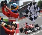 Fernando Alonso świętuje swoje zwycięstwo w Grand Prix Wielkiej Brytanii (2011)