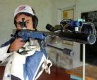 Strzelec uprawiania strzelectwa sportowego