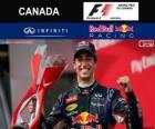 Daniel Ricciardo świętuje swoje zwycięstwo w Grand Prix Kanady 2014