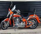 Harley Davidson pomarańczowy