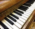 Klasycznego klawiszy fortepianu