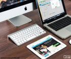 Układanka Kilka produktów firmy Apple