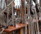 Liny i koła pasowe z łodzi