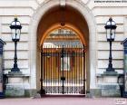 Wejście do Pałacu Buckingham