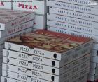 Pudełka na pizze w domu