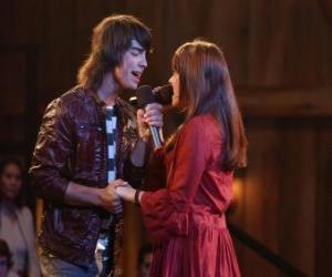 Układanka Shane (Joe Jonas) śpiewanie Mitchie Torres (Demi Lovato) w Final Jam