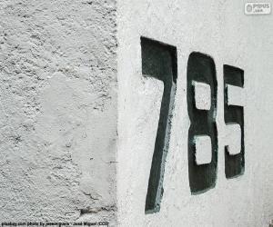 Układanka Siedem sto i osiemdziesiąt pięć