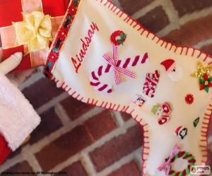 Układanka Skarpety świąteczne i prezent