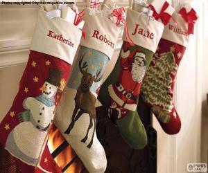 Układanka Skarpety świąteczne z dekoracją