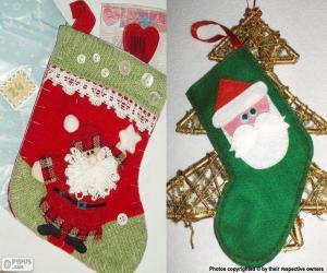 Układanka Skarpety świąteczne zdobione Mikołaja