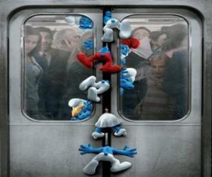 Układanka Smerfy są zakleszczone w drzwiach metra - Smerfy, film -