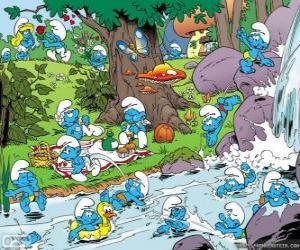 Układanka Smerfy w rzece