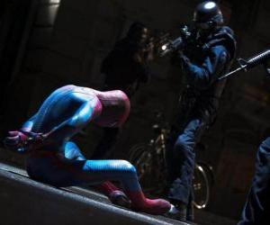 Układanka Spider-Man przechwycone przez policję
