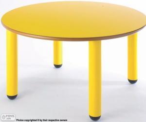 Układanka Stół okrągły i żółte