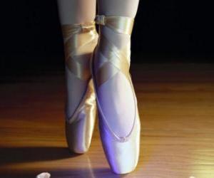 Układanka Stopy tancerki z baletu butów
