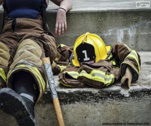 Układanka Strażak odpoczywający