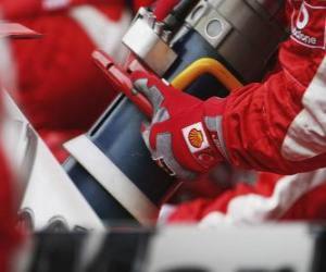Układanka Tankujesz samochód F1