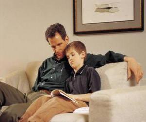 Układanka Tato pomaga jego dziecko czytać