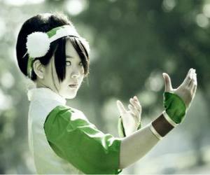 Układanka Toph Bei Fong, Toph jest dziewczyną niewidomemu od urodzenia, która towarzyszy Aang w jego misji i uczyć go earthbending
