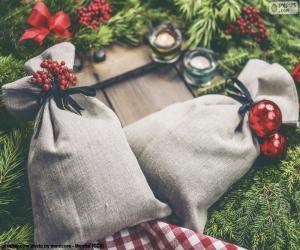 Układanka Torebki na prezenty świąteczne
