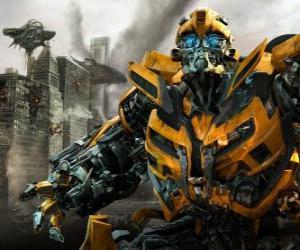 Układanka Transformer spaceru całym mieście