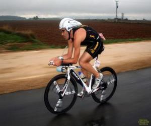 Układanka Triathlete w rowerowej