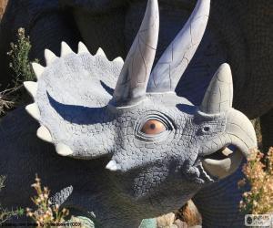 Układanka Triceratops dinozaur z trzema rogami w krajobraz pustyni