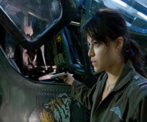Układanka Trudy Chacon, Marine Corps pilota, który staje się renegatem.