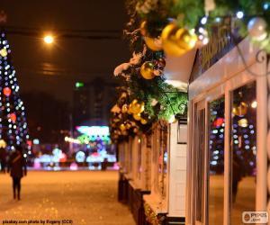 Układanka Ulica świąteczne zdobione