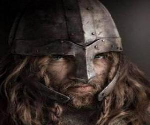 Układanka Viking twarz z wąsami i brodą i kask