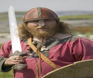 Układanka Viking uzbrojony w miecz i tarczę