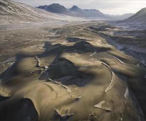 Układanka wydmy piasku w Victoria Frozen Valley
